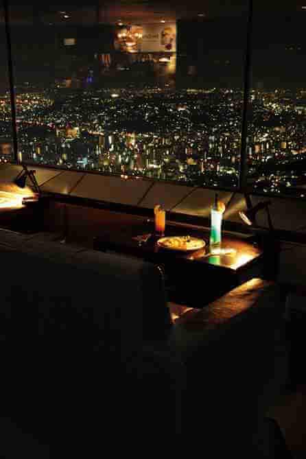 ランドマークタワーから見渡す横浜の夜景