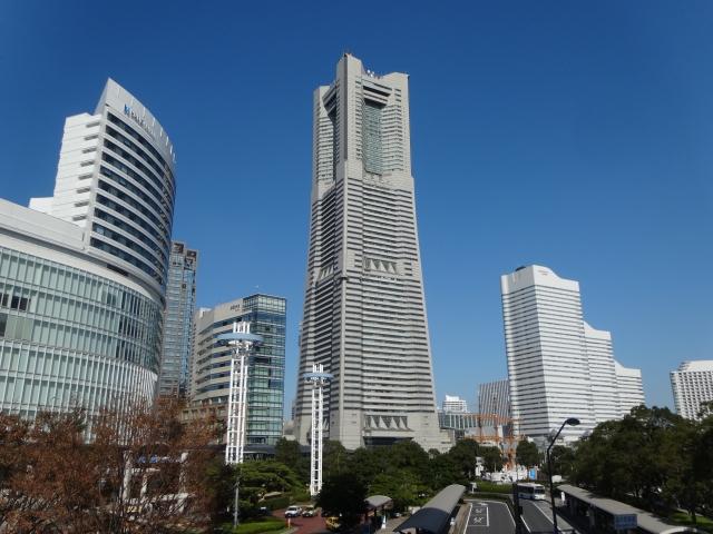 みなとみらいの中心にそびえ立つ、横浜ランドマークタワー