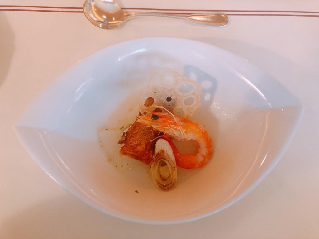 2品目の魚介、葱、大根のポトフ仕立て